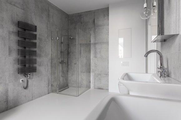 Conception et installation de salle de bain sur mesure avec douche à l'italienne à Valras-Plage